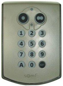 Télécommande KEYPAD RTS 1841030 de marque SOMFY